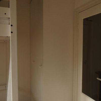 ingebouwde kledingkast  met vouwdeur multiplex