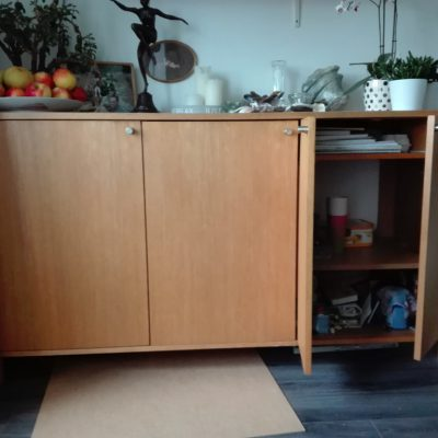 dressoir kast moest versmald worden naar 2 compartimenten