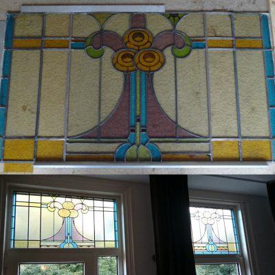 het glas in lood raam is verbreed en in hoogte verkort. Het kapotte glas is vervangen. En het Jugendstill raam is geplaatst.