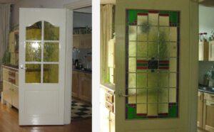 glas in lood in oude deur